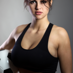 Fitnessgirl mit Fussball Bildquelle: want to play © jayfish / Fotolia.com