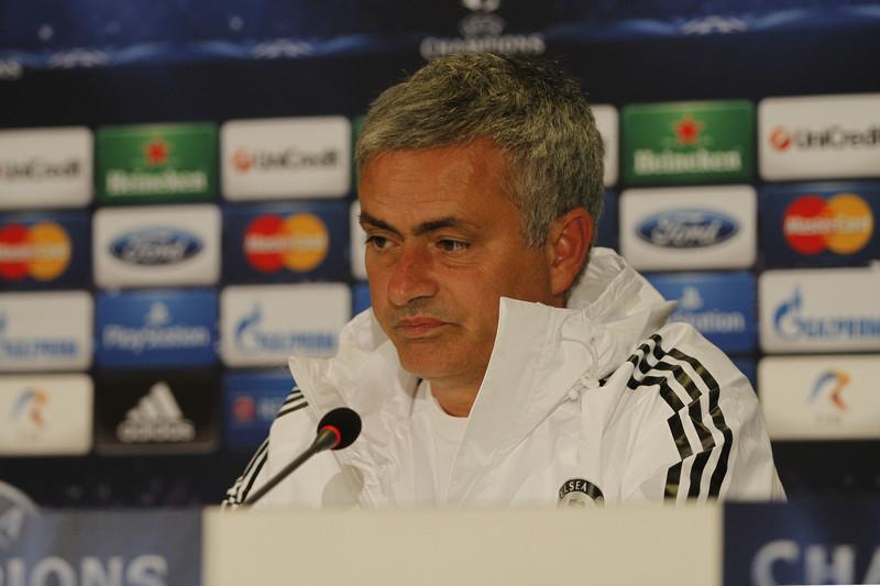 Für José Mourinho läuft es nicht. Die Buchmacher sehen seine Chancen aber immer noch besser als die des Leicester City FC.